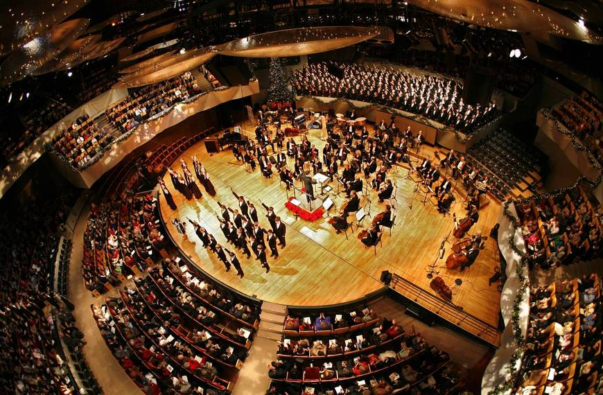 Columbus Symphony Orchestra: JoAnn Falletta & Alexi Kenney - Mozart To Brahms Via Paris at Ohio Theatre - Columbus